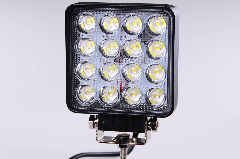 Pracovní LED světlomet 48W, 10-30V A2021