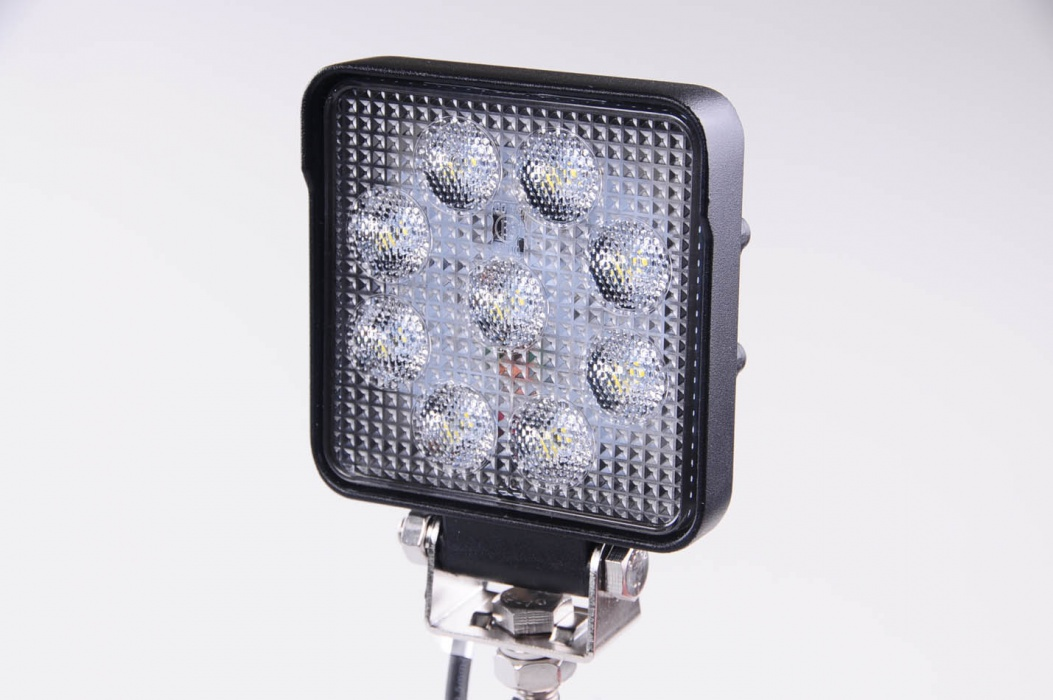 Couvací LED světlomet 12-24V, 1710lm A2023