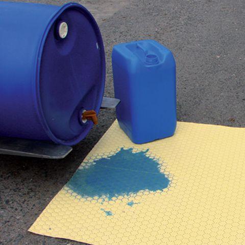 Chemický koberec silný s perforací