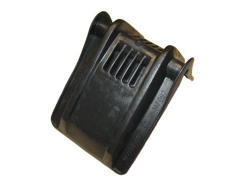 Velký pružný ochranný roh v černé barvě